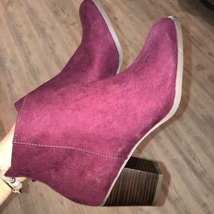 Suede maroon womens boots